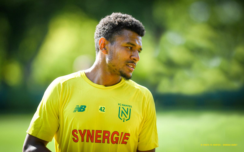 Groupe pro - Santy Ngom transféré au SM Caen